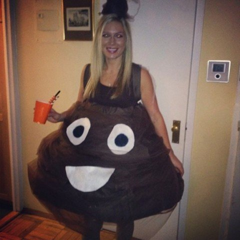 disfraz emoji poop